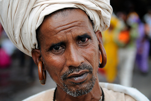 The sadhus: the holy men of India | Intuitive Flow